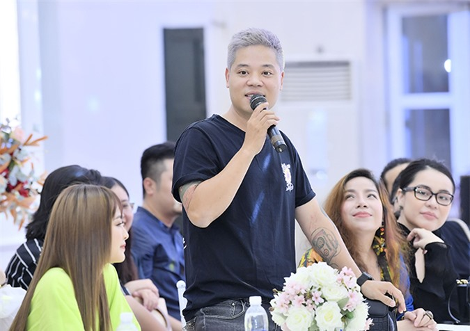 Ca sĩ Dương Trần Nghĩa cũng có mặt để ủng hộ Dương Trường Giang, Yanbi và Hà Trung.