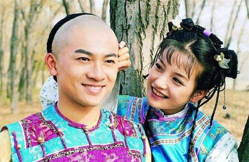 Bỏ lỡ Tô Hữu Bằng, từ chối Huỳnh Hiểu Minh, vì sao Triệu Vy chọn đại gia 'một đời vợ' Huỳnh Hữu Long? - Ảnh 7