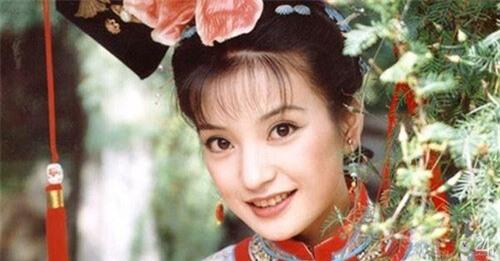Bỏ lỡ Tô Hữu Bằng, từ chối Huỳnh Hiểu Minh, vì sao Triệu Vy chọn đại gia 'một đời vợ' Huỳnh Hữu Long? - Ảnh 8