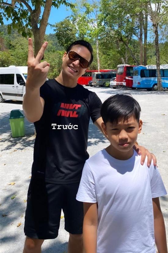Kim Lý chăm sóc Subeo trong suốt chuyến đi. Thời tiết Quảng Bình khá nắng nóng song không làm giảm đi tinh thần của Kim Lý lẫn Subeo.