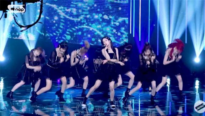 Idol chấn thương: Hwasa - Lisa chuyên nghiệp, Jennie lười biếng? - Ảnh 4