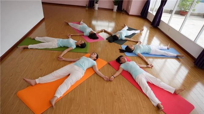Những việc nên làm sau khi tập yoga mà có thể bạn đã bỏ qua - Ảnh 2.
