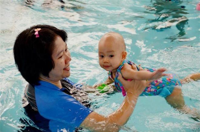6 điều cha mẹ cần biết trước khi cho trẻ đi học bơi - 1