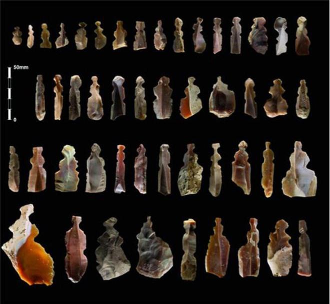 Bí ẩn hình nhân đá lửa và loạt mộ cổ dị thường 9.500 tuổi - Ảnh 1.