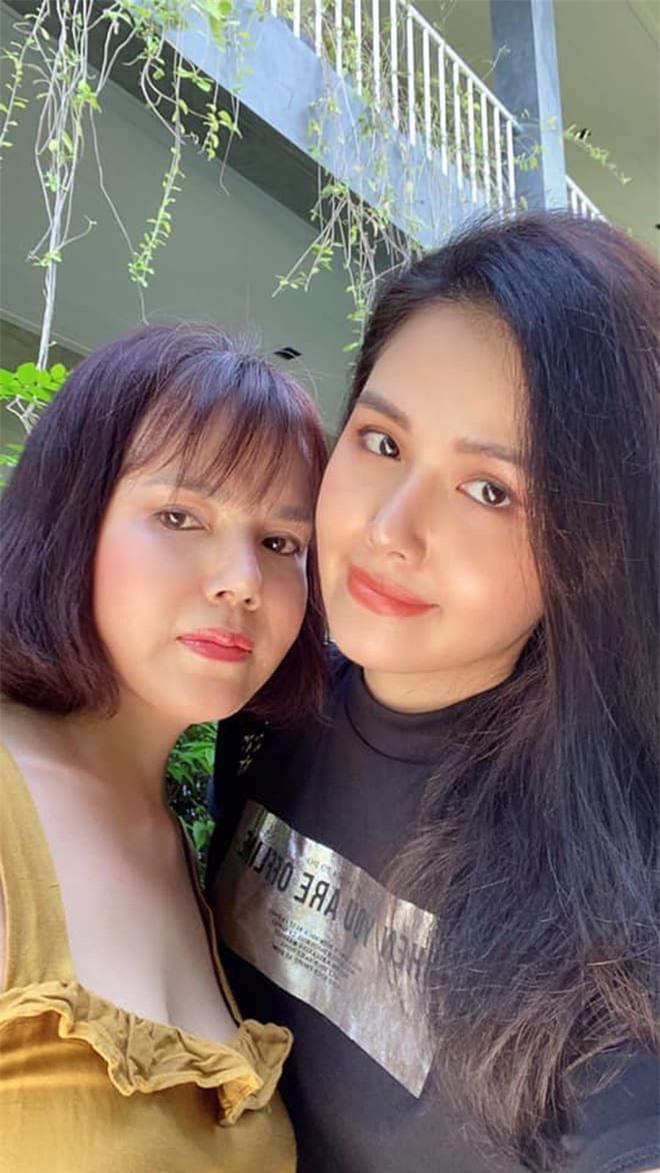 mẹ Phanh Lee 5