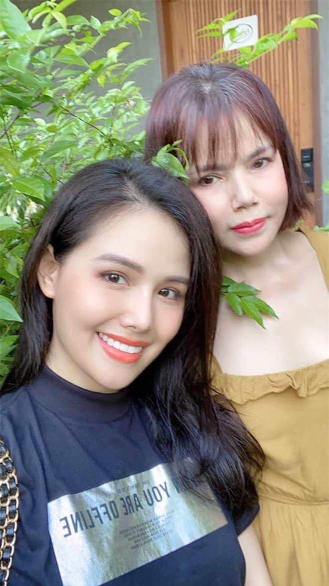 mẹ Phanh Lee 6