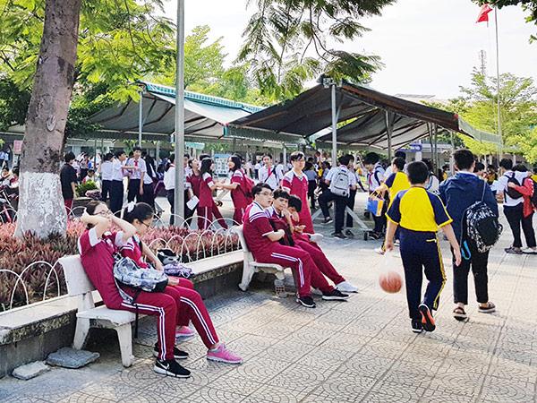 HĐND TP Đà Nẵng ra Nghị quyết chi 38,327 tỷ đồng từ ngân sách TP hỗ trợ học phí cho trẻ mầm non, học sinh THCS, THPT do ảnh hưởng của dịch Covid-19 (Ảnh: HC)