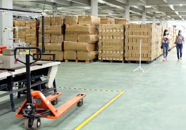 Tỷ lệ tồn kho cao đang đè nặng áp lực lên các DN ngành chế biến, chế tạo