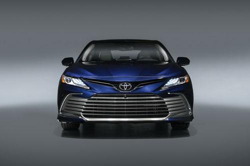 Ảnh chi tiết Toyota Camry 2021 vừa trình làng
