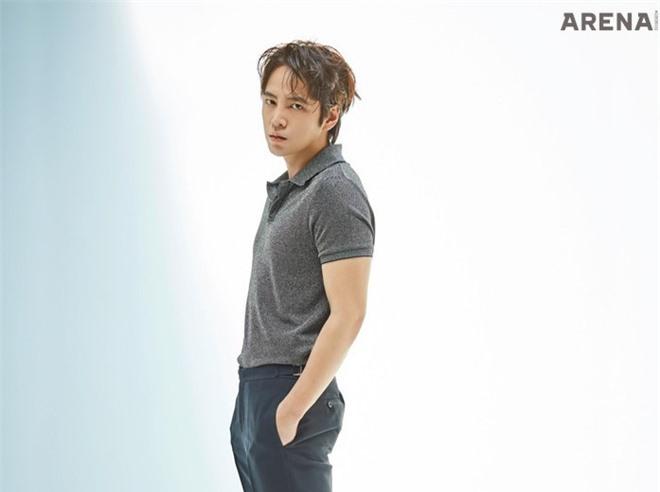 Ảnh thời tăng cân, xuống sắc khó nhận ra của 'hoàng tử châu Á' - Ảnh 16