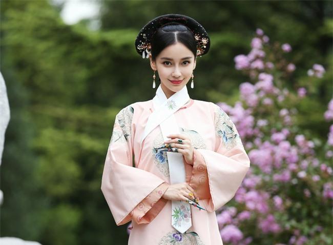 Chuyện về phi tần bị thất sủng của Hoàng đế Khang Hi: Sống thọ 96 tuổi, sinh con trai rồi trở thành nữ nhân huyền thoại trong hậu cung nhà Thanh - Ảnh 2.