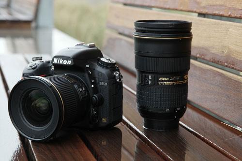 10. Nikon D750 (giá: 1.500 USD).
