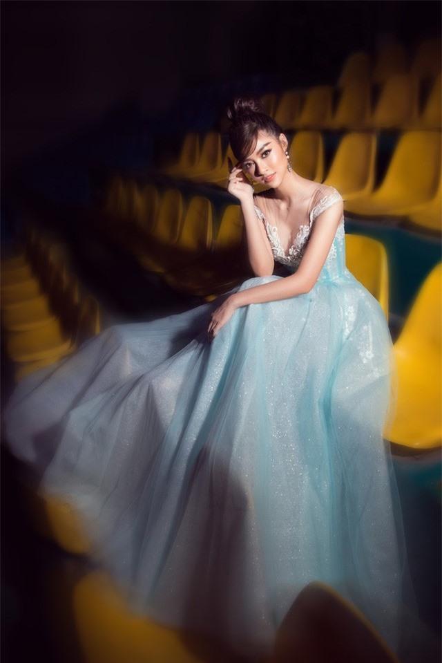 Dàn Hoa hậu, Á hậu sinh năm 2000 đọ dáng trong đầm công chúa - Ảnh 12.