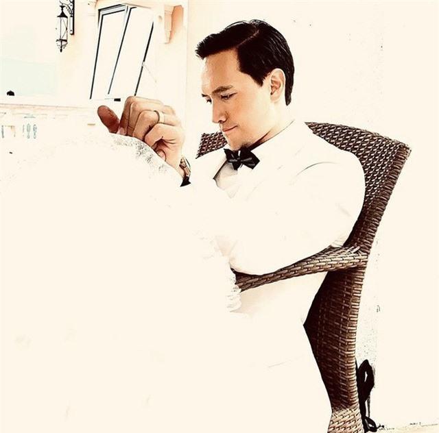 Hồ Ngọc Hà đeo nhẫn cặp với Kim Lý, nghi vấn đã đính hôn - Ảnh 4.