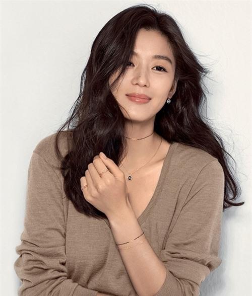 Diễn viên Jeon Ji Hyun.
