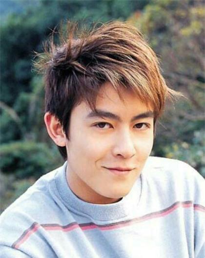 Mặc dù xuống sắc thảm hại nhưng hình ảnh thời hoàng kim của 'bad Boy' Trần Quán Hy vẫn khiến triệu fan nữ xao xuyến vì quá đẹp trai - Ảnh 12