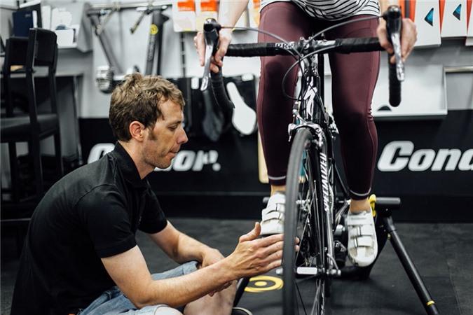 Những sai lầm khi đạp xe có thể bạn đang mắc phải - Ảnh 2.