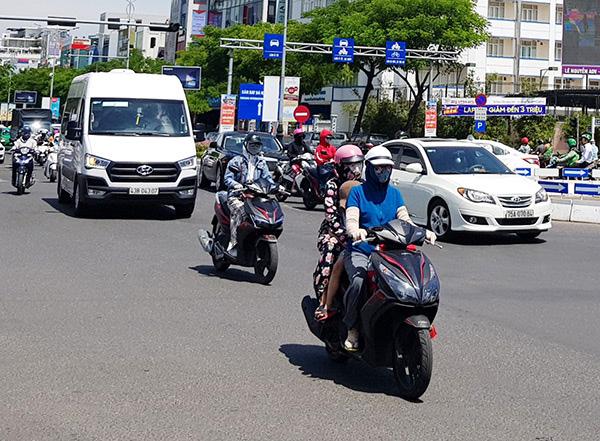 Ngày hôm nay 20/7, chỉ số tia cực tím, tia tử ngoại ở Đà Nẵng có mức gây hại rất cao (Ảnh: HC)
