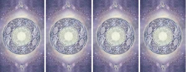 Từ trái sang phải, bạn hãy chọn một lá bài bạn ấn tượng nhất