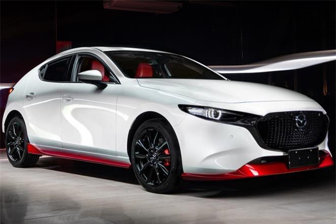 Mazda 3 phiên bản kỷ niệm 100 năm