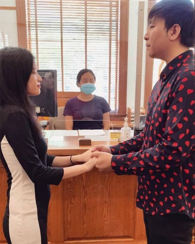 Anh Khang đăng ký kết hôn 6