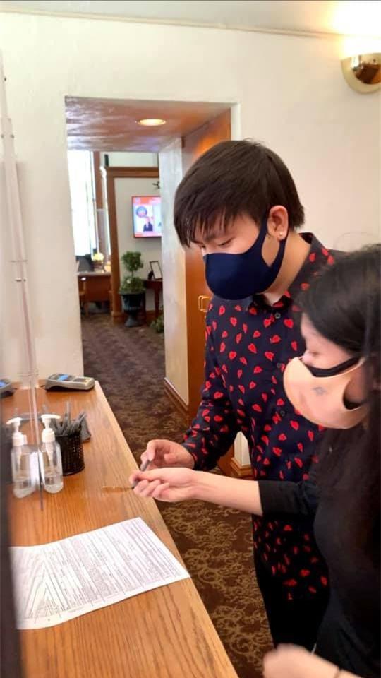Anh Khang đăng ký kết hôn 5