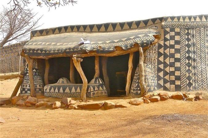 Ghé thăm ngôi làng cổ có một không hai ở lục địa đen