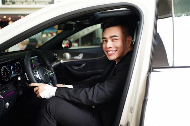xe của Lê Dương Bảo Lâm 0