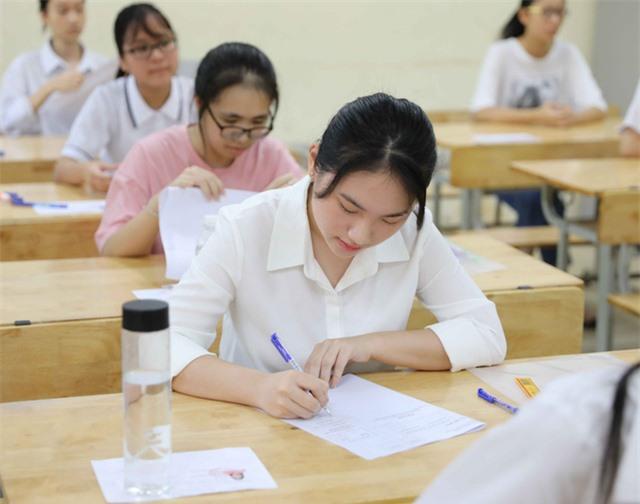 Lưu ý: Học sinh Hà Nội bắt buộc phải xác nhận nhập học khi trúng tuyển vào lớp 10 - Ảnh 2.