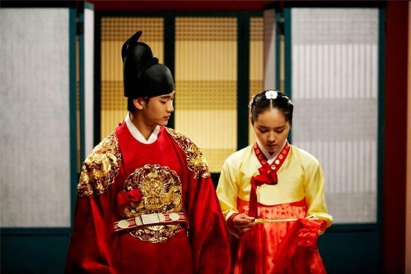 Dàn người tình màn ảnh toàn sao hạng A của Kim Soo Hyun-3