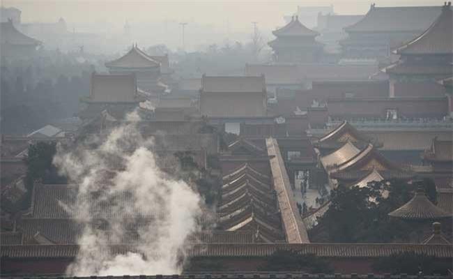 Cứ mùa đông là Bắc Kinh chìm trong sương mù vào khói bụi.