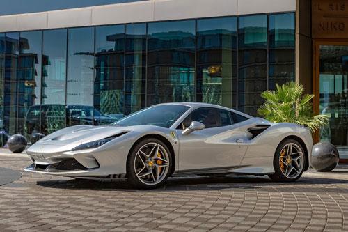 4. Ferrari F8 Tributo.