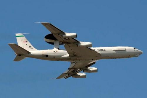 Các máy bay quân sự của Mỹ sẽ được tích hợp tên lửa đánh chặn cỡ nhỏ trong tương lai. Ảnh: Raytheon.