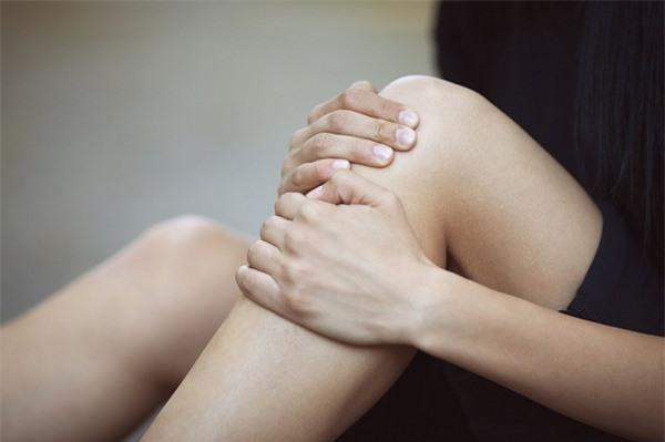 """Dù là nam hay nữ, chỉ cần cơ thể có 3 bộ phận này luôn """"ấm"""" thì chứng tỏ thận đang rất khỏe mạnh - Ảnh 2."""
