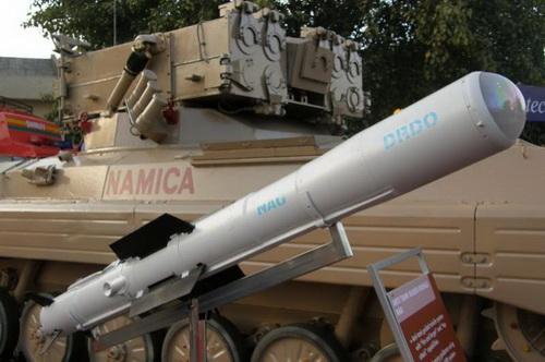Tên lửa chống tăng Nag phiên bản triển khai từ mặt đất. Ảnh: Topwar.