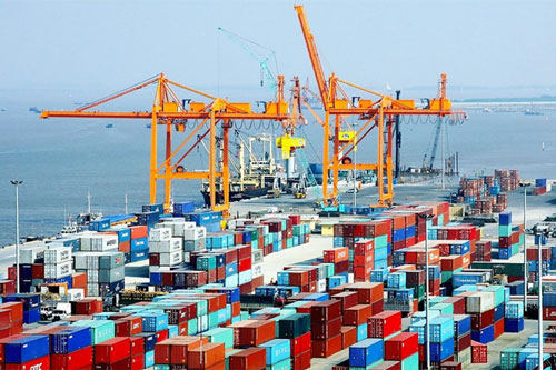 Dự báo, hoạt động thương mại của Việt Nam sẽ cải thiện trong nửa cuối năm. (Ảnh minh họa: VGP)