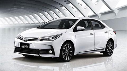 Toyota Corolla Altis giảm giá cực mạnh tại VN, xuống mức 'đáy' mới đe Mazda 3, Honda Civic
