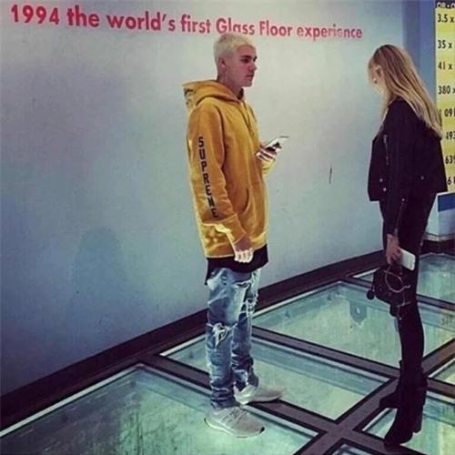 Vợ sắp cưới của Brooklyn Beckham từng hẹn hò Justin Bieber - Ảnh 4