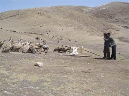 Thiên táng ở Tây Tạng