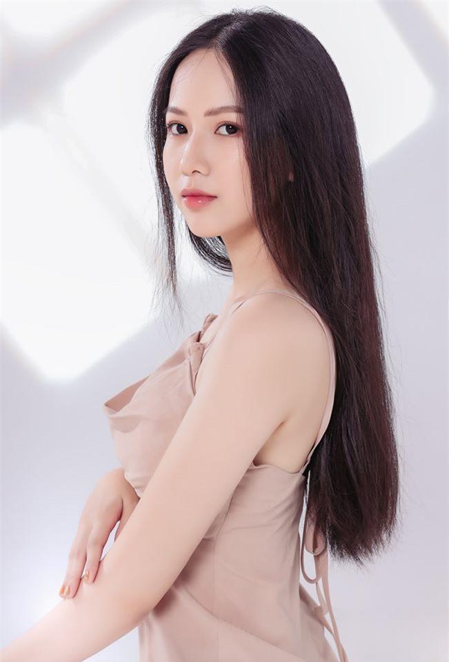 6 nhan sắc sáng giá đầu tiên của Hoa hậu Việt Nam 2020 - Ảnh 11