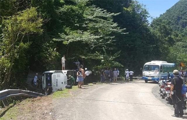 Khẩn trương khắc phục hậu quả, điều tra nguyên nhân vụ TNGT làm 13 người chết tại Quảng Bình - Ảnh 3.