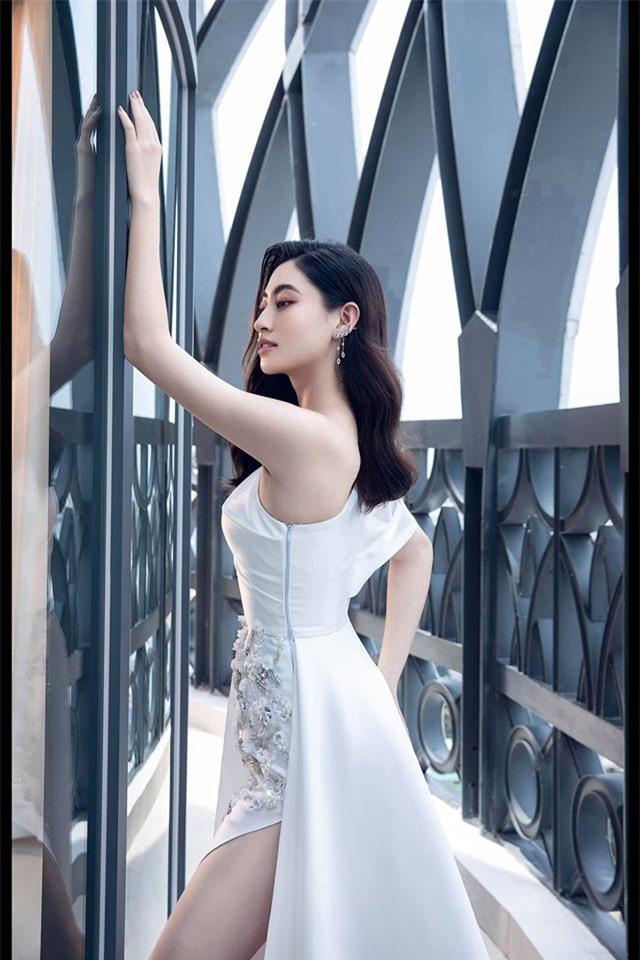 Số đo thay đổi của hoa hậu Việt sau đăng quang - Ảnh 7