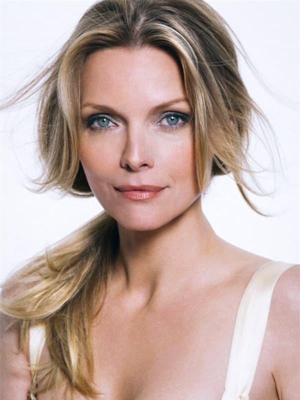 Xôn xao tin Angelina Jolie yêu đồng giới hai mỹ nhân đình đám Hollywood 2