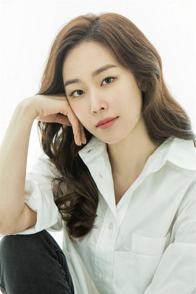 Yoon Eun Hye - mỹ nhân sở hữu nét đẹp tự nhiên đáng ngưỡng mộ nhất xứ Hàn nay 'xuống dốc' ra sao? - Ảnh 12