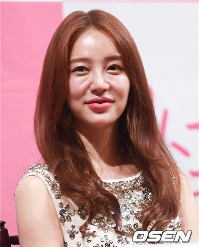 Yoon Eun Hye - mỹ nhân sở hữu nét đẹp tự nhiên đáng ngưỡng mộ nhất xứ Hàn nay 'xuống dốc' ra sao? - Ảnh 4