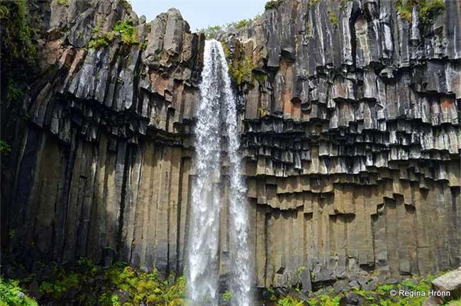 Thác Svartifoss, Iceland