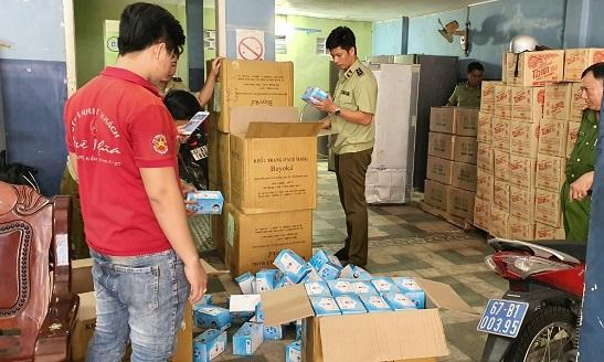 Tạm giữ 25.000 chiếc khẩu trang không có hóa đơn, chứng từ tại An Giang