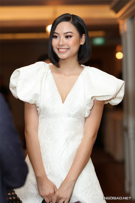 Người đẹp Đào Thị Hà đắt show hơn sau khi lọt vào top 5 Hoa hậu Hoàn vũ Việt Nam 2019 và Hoa hậu Việt Nam 2016.