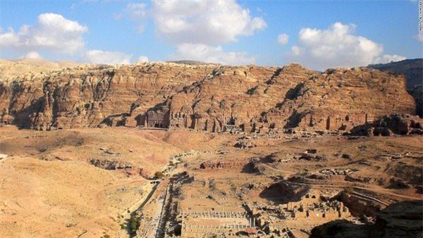 Những thành phố cổ kính chôn giấu nền văn minh nhân loại - 13