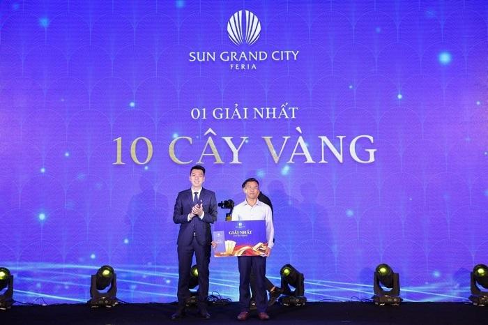 Sự kiện ra mắt biệt thự Mallorca tại Hà Nội khép lại với chương trình bốc thăm trúng thưởng hấp dẫn dành cho khách hàng. Trong đó, tổng giá trị quà tặng lên tới 7 tỷ đồng.